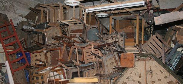 Разчистване на мазета и тавани