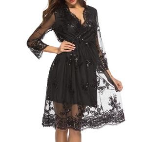 Елегантна дамска прозираща рокля с дълъг ръкав и лъскави елементи